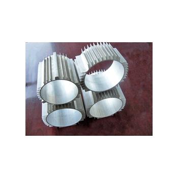 南山铝业 铝材